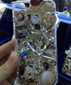Swarovski crystal cases Bling Flower bear diamond cover for iPhone 6S Plus - White